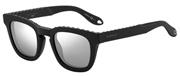 """Seleccione el menú """"COMPRAR"""" si desea comprar unas gafas de Givenchy o seleccione la herramienta """"ZOOM"""" si desea ampliar la foto GV7006S-807T4."""