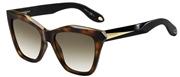"""Seleccione el menú """"COMPRAR"""" si desea comprar unas gafas de Givenchy o seleccione la herramienta """"ZOOM"""" si desea ampliar la foto GV7008S-QONCC."""