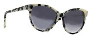 """Seleccione el menú """"COMPRAR"""" si desea comprar unas gafas de Stella Mc Cartney o seleccione la herramienta """"ZOOM"""" si desea ampliar la foto SC0002S-02."""